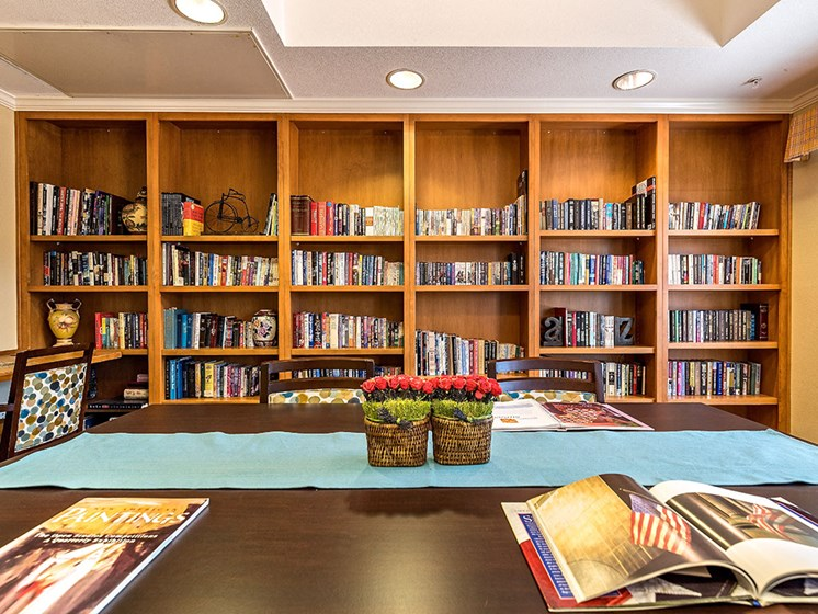 Peaceful Library at Pacifica Senior Living Union City, California, 94587