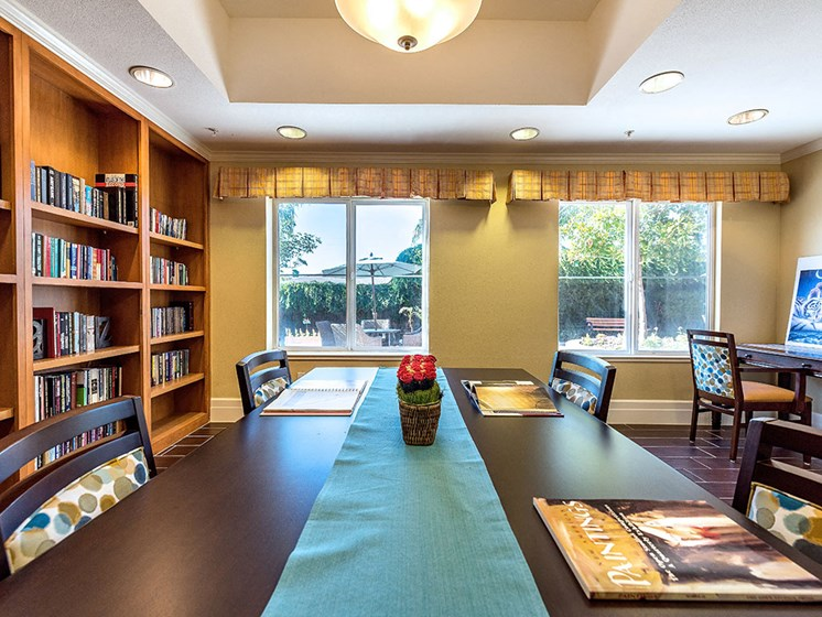 Cozy Relaxing Library Room at Pacifica Senior Living Union City, Union City, CA