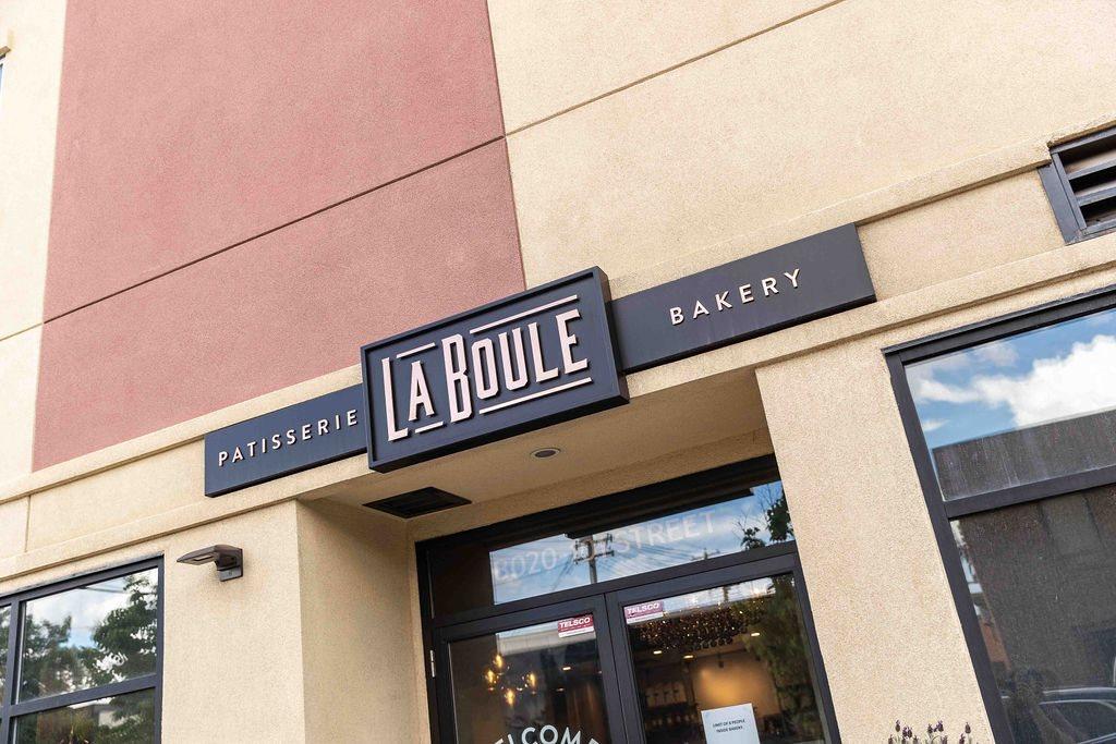 La Boule bakery - old strathcona - Whyte Avenue - Edmonton Alberta - Patisserie