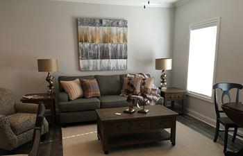 864 Fairview Avenue 1-2 Beds Apartment for Rent Photo Gallery 1