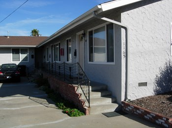 1165 Kimball Ave 1-2 Beds Duplex/Triplex for Rent Photo Gallery 1