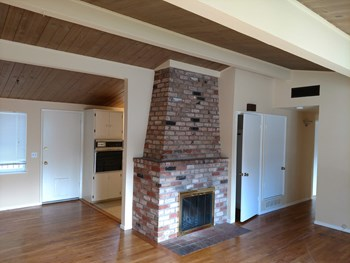 706 Rosement Ave. 3 Beds House for Rent Photo Gallery 1