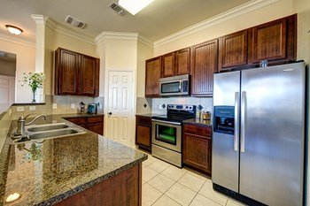 605 Winterfield Dr 1-4 Beds Apartment for Rent Photo Gallery 1