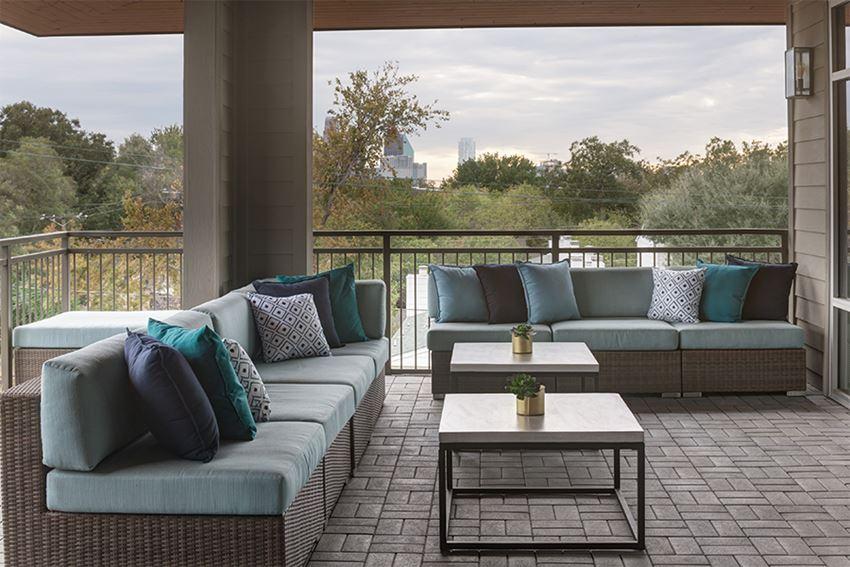 Dallas, TX Apartments for Rent in Knox-Henderson - Larq Henderson Downtown Dallas views