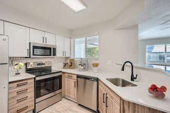 240 S. Mccaslin Boulevard 1 Bed Apartment for Rent Photo Gallery 1