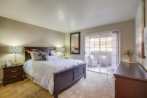 Spacious Bedrooms At Vista Promenade Luxury Apartment Homes in Temecula, CA