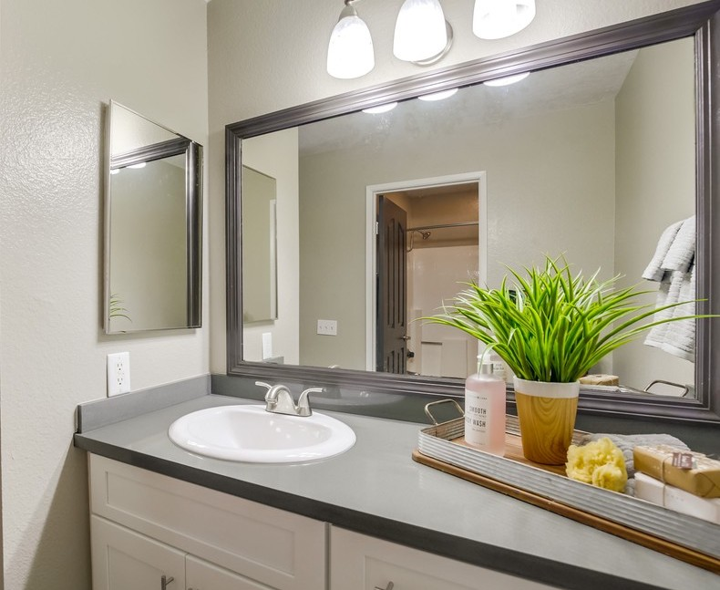Spacious Bathroom Layouts At Vista Promenade Luxury Apartment Homes in Temecula, CA