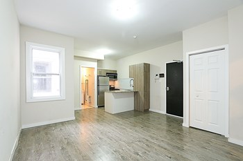 178 Clarence Street Studio-1 Bed Apartment for Rent Photo Gallery 1