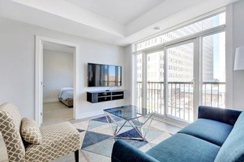 95 Fourth Avenue 8 Beds Apartment for Rent Photo Gallery 1