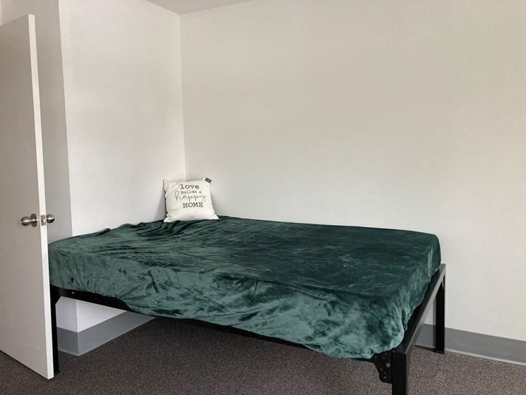 Redstone Commons Bedroom