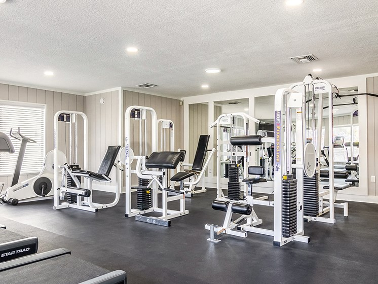jacksonville FL apartment complex fitness center with modern equipment