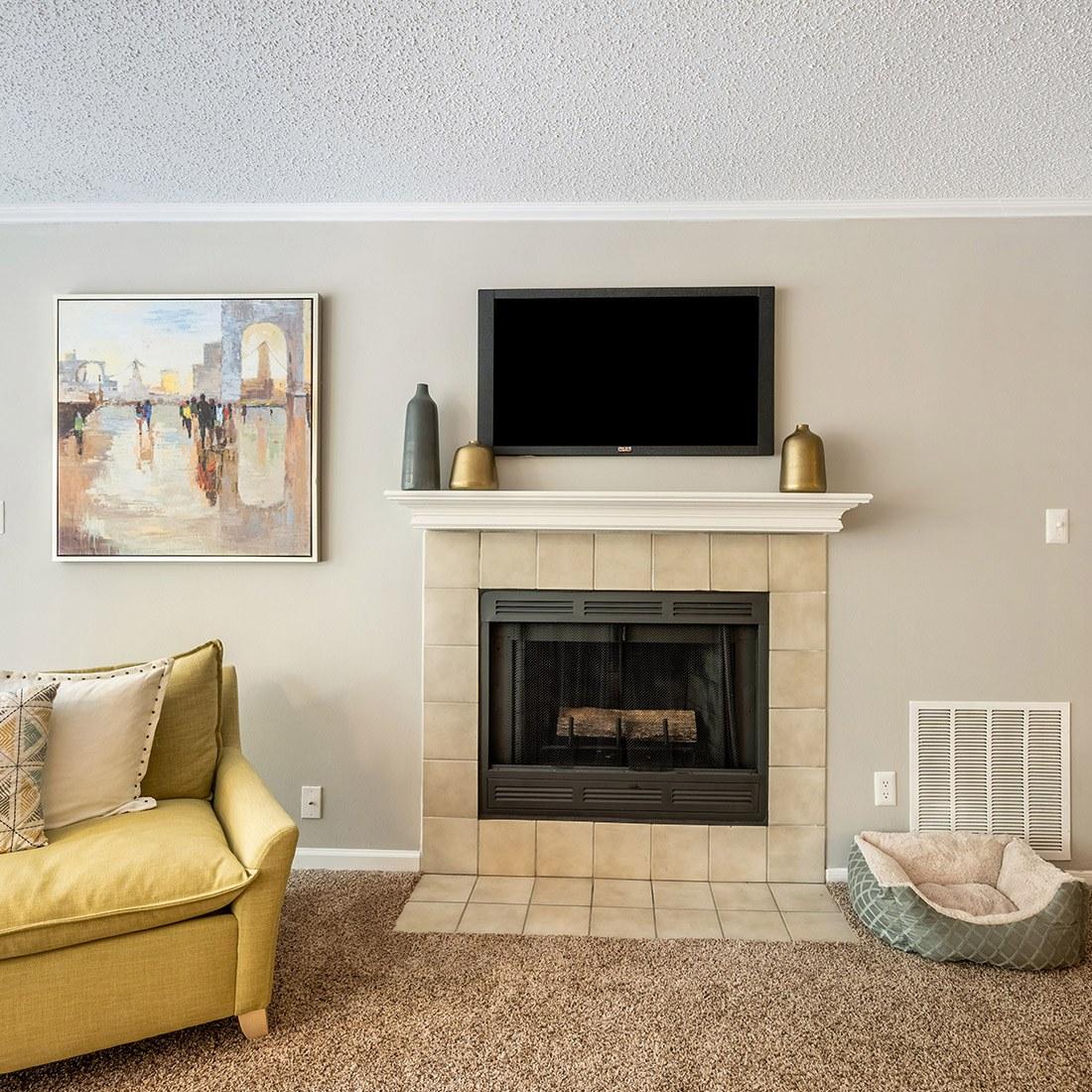 Model Living Room 2