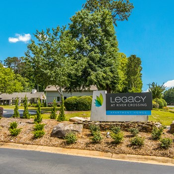 1800 Wesleyan Drive 1-3 Beds Apartment for Rent Photo Gallery 1