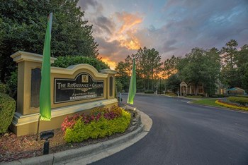 3800 Galleria Woods Dr 1-3 Beds Apartment for Rent Photo Gallery 1