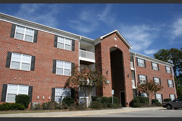 Crescent Commons Apartments, 812 Crescent Commons Way, Fayetteville