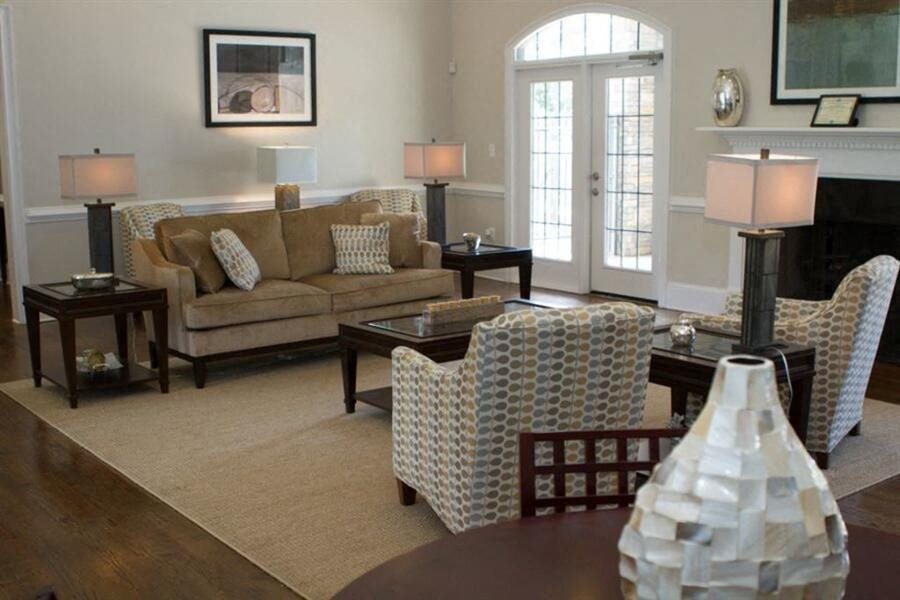 Lounge area at Heritage at Riverstone apartment commuity