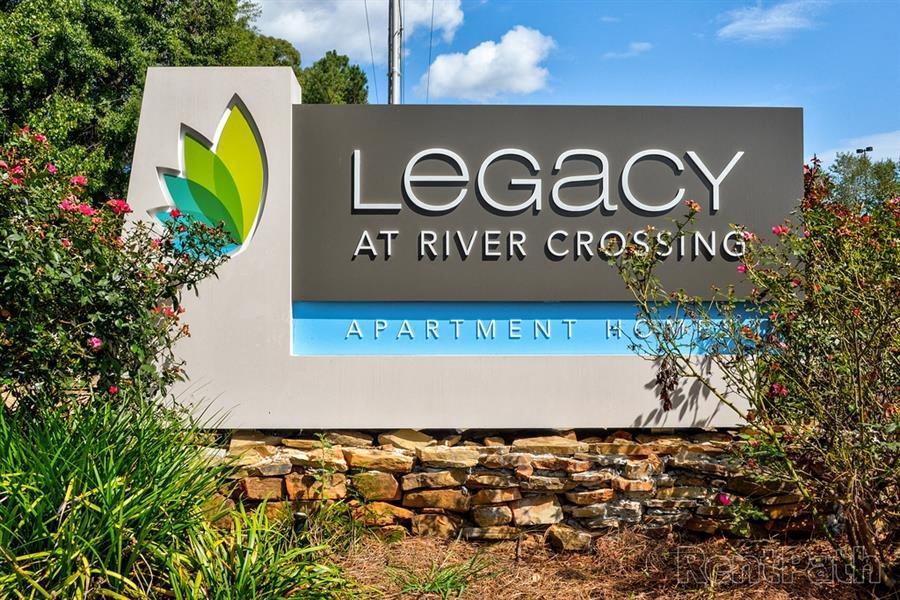 entrance sign at Legacy at River Crossing in Macon GA