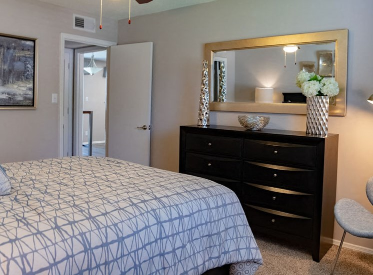 Furnished Bedroom at Forest Ridge apartment in Macon, GA
