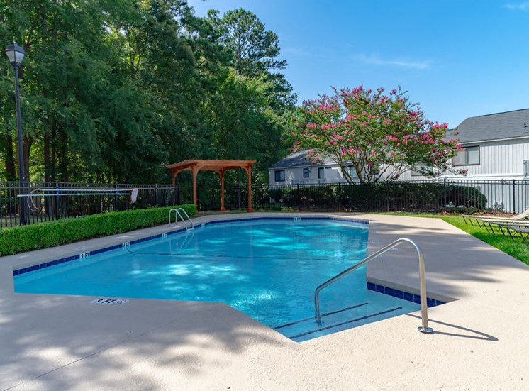 Swimming pool at Forest Ridge apartments in North Macon, GA