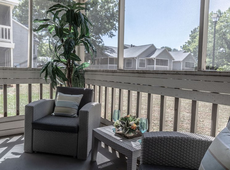 Private porch of Forest Pointe apartment in Macon, GA
