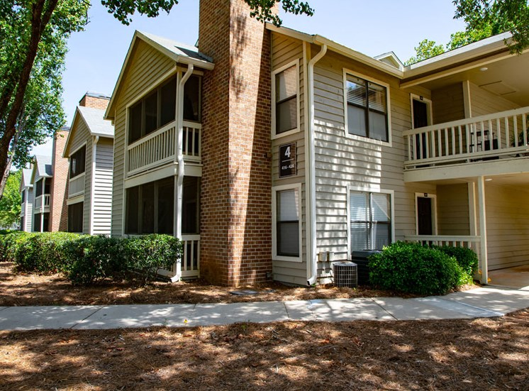 Exterior of Forest Pointe Apartments in Macon, GA