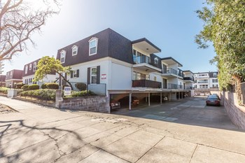 Montclair Apts At 1931 California St 3 Beds Apartment for Rent Photo Gallery 1