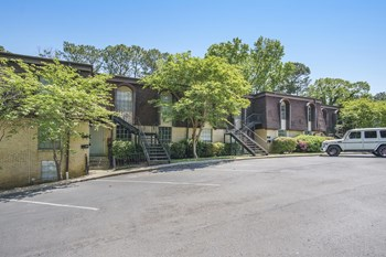 3235-3299 Warringwood Drive 2 Beds Apartment for Rent Photo Gallery 1