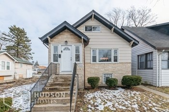 10123 S Yale Ave 3 Beds House for Rent Photo Gallery 1
