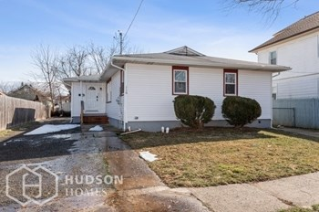 110 Hardy Ave Unit B 2 Beds House for Rent Photo Gallery 1
