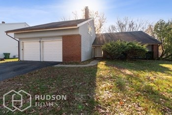 111 CARLTON AVENUE 4 Beds House for Rent Photo Gallery 1