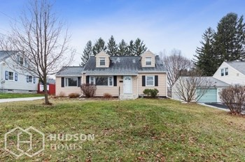 112 Terrace Drive 4 Beds House for Rent Photo Gallery 1