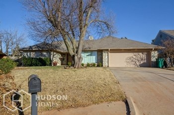 11700 HERITAGE SQ RD 2 Beds House for Rent Photo Gallery 1