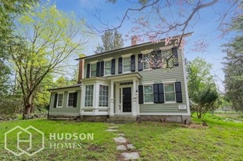 118 WESTON RD 3 Beds House for Rent Photo Gallery 1