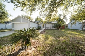 12151 WOODGLEN CIR 3 Beds House for Rent Photo Gallery 1