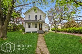 121 BIG TREE ST 4 Beds House for Rent Photo Gallery 1