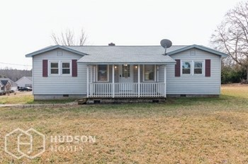 1240 W Oak Hwy 2 Beds House for Rent Photo Gallery 1