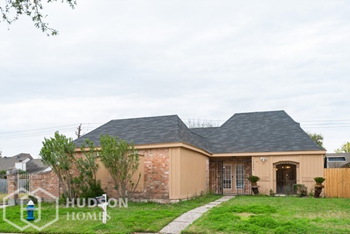 12834 Ashford Chase Dr. Houston 3 Beds House for Rent Photo Gallery 1