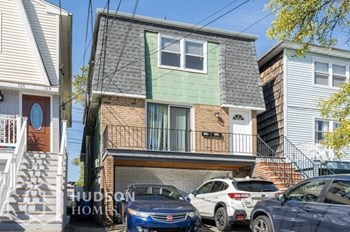 130 132 JUDY DR Unit 2 2 Beds House for Rent Photo Gallery 1