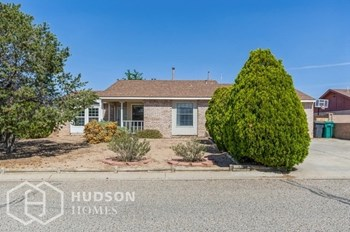 1461 Gadwall Ne 3 Beds House for Rent Photo Gallery 1