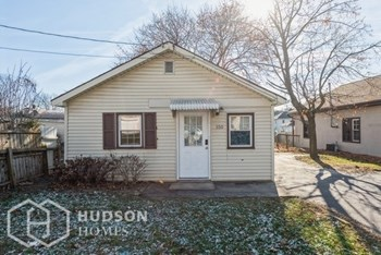 150 Heidelberg Ave 2 Beds House for Rent Photo Gallery 1