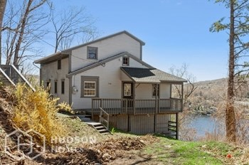 166 LOWER FISH ROCK ROAD 2 Beds House for Rent Photo Gallery 1