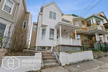 181 Kearny St 3 Beds House for Rent Photo Gallery 1