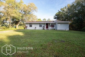 18421 Bellmore Ave 3 Beds House for Rent Photo Gallery 1