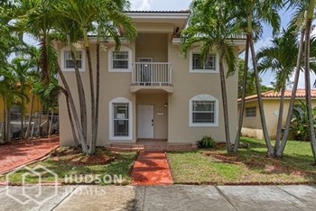 1936 Sw 18Th St 5 Beds House for Rent Photo Gallery 1