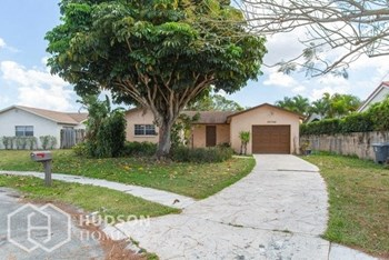 22748 Sw 55Th Way 4 Beds House for Rent Photo Gallery 1