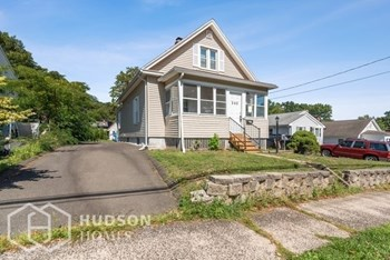 235 GOVERNOR ST 3 Beds House for Rent Photo Gallery 1