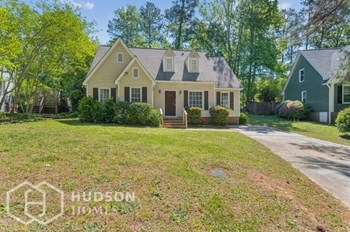 235 Woodwinds Dr 4 Beds House for Rent Photo Gallery 1