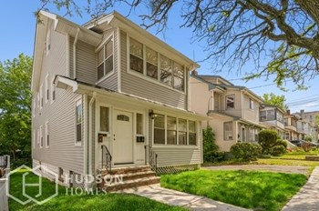 242 Lincoln Pl Unit 1 2 Beds House for Rent Photo Gallery 1