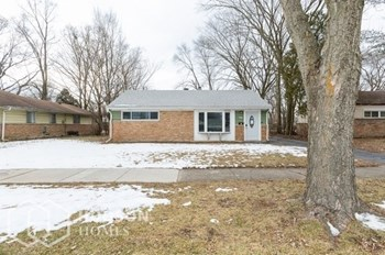 243 Blackhawk Dr 2 Beds House for Rent Photo Gallery 1