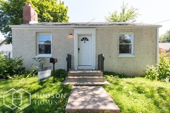 24 SEMINARY AVE 2 Beds House for Rent Photo Gallery 1